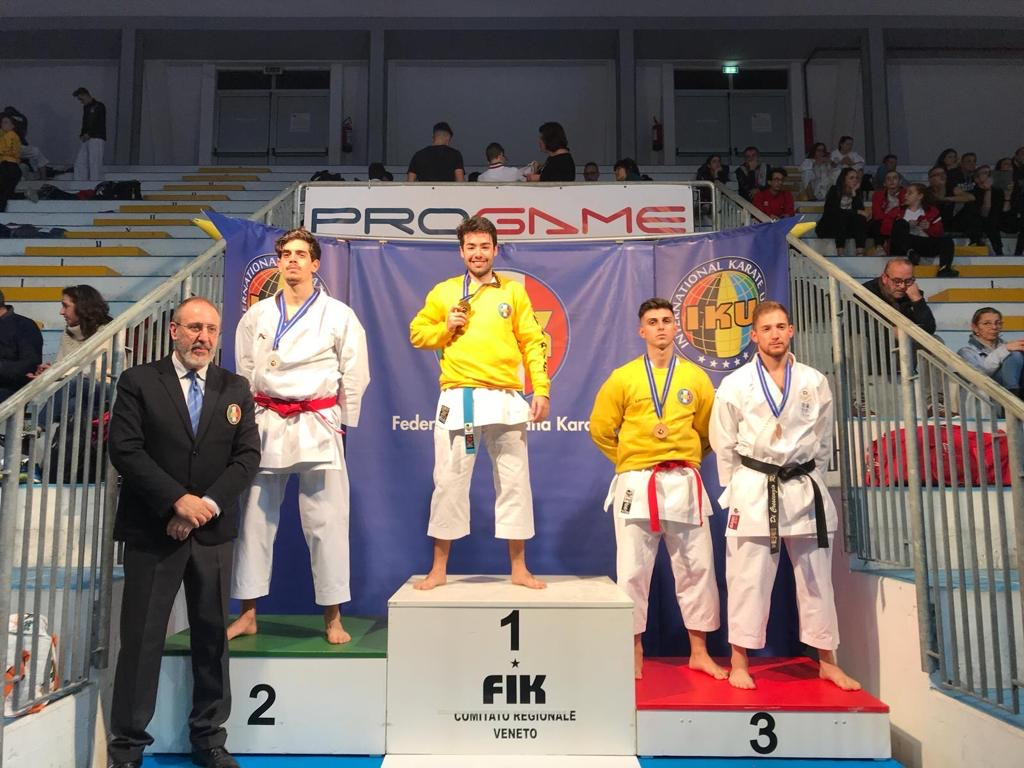 Meiji Kan super alla Golden Cup