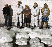 In Perù con 290 chili di cocaina