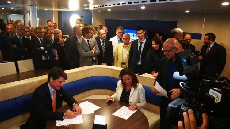 Firmato il protocollo d'intesa tra i porti di Civitavecchia e Barcellona