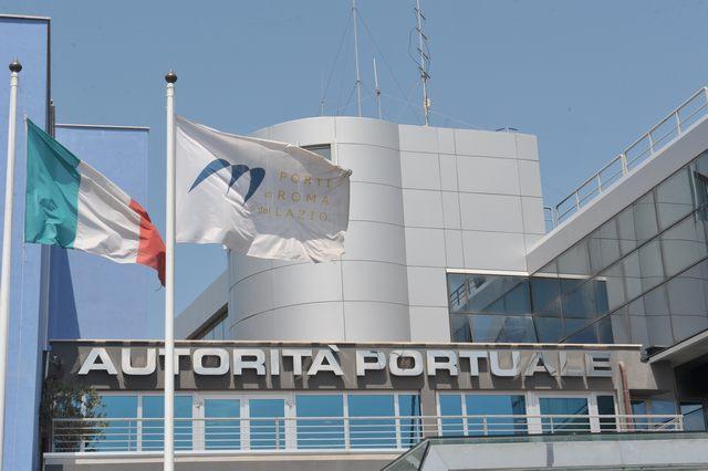 Un protocollo d'intesa tra i porti di Civitavecchia e Barcellona