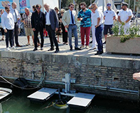 Installati in Darsena i seabin, i nuovi cestini aspira plastica