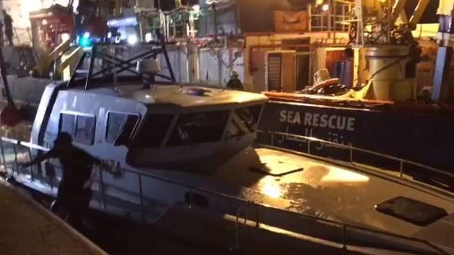 """Fdi: """"Solidarietà alla Guardia di Finanza speronata dalla Sea Watch"""""""