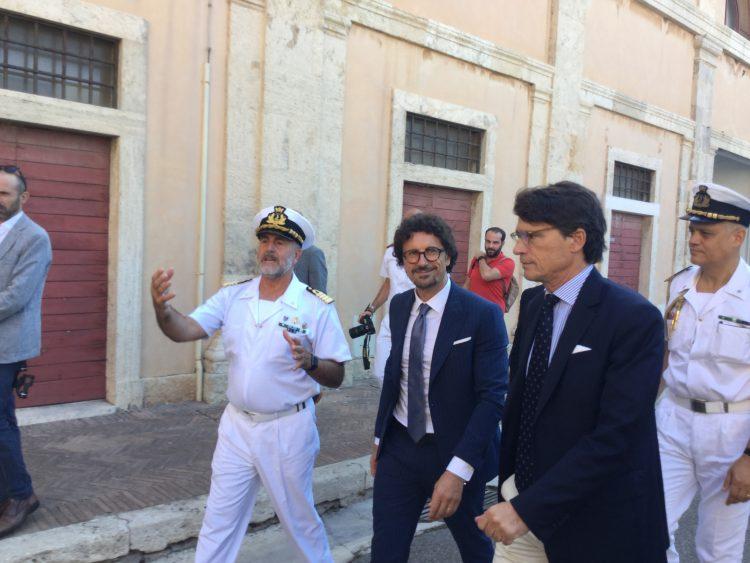 Toninelli promette massima attenzione su Civitavecchia