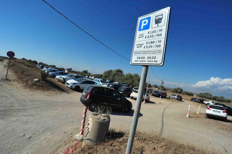 Parcheggi a pagamento a Sant'Agostino: tuona anche Onda popolare