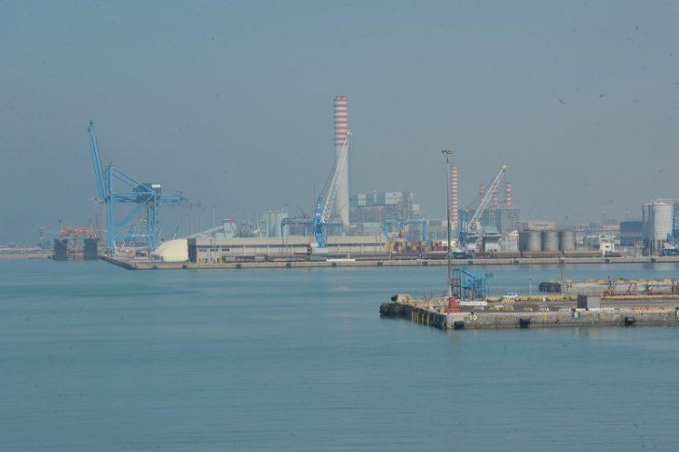Enel e crisi del porto: il Pd in campo