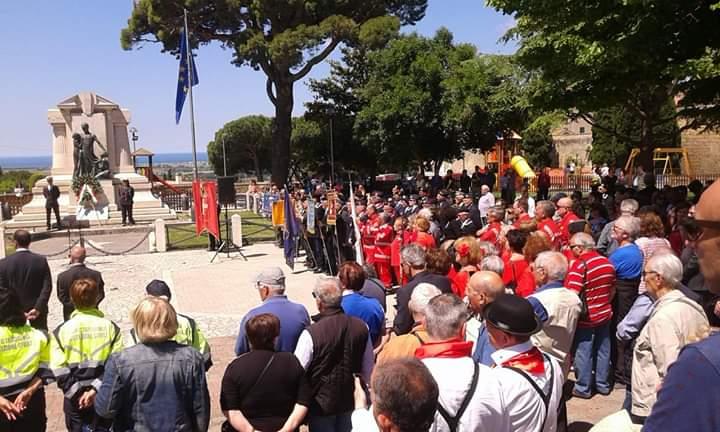 Centro anziani: delegazione a Tarquinia per festeggiare il 2 giugno