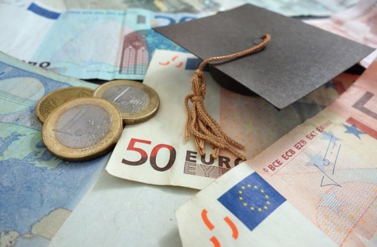 Regione Lazio, borse di studio per famiglie svantaggiate