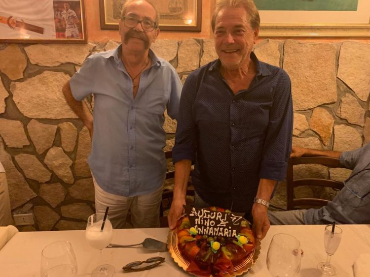 Nino D'Angelo sceglie la qualità  di Baffone