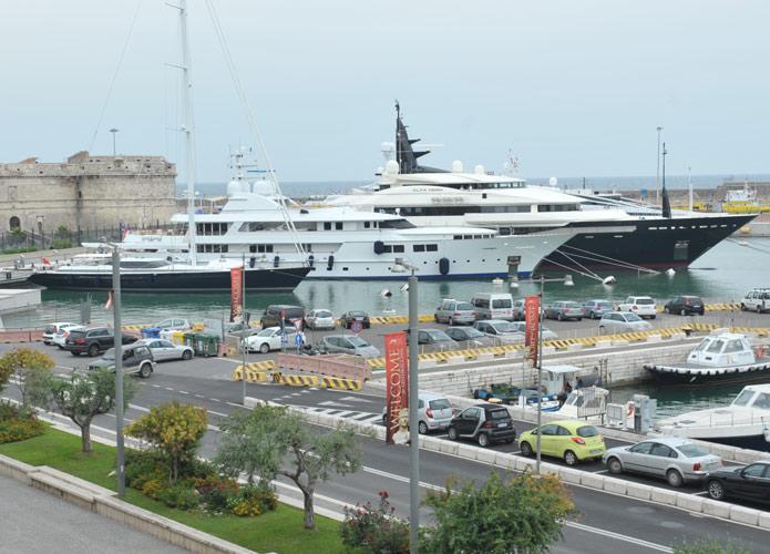 Marina Yachting, diportisti preoccupati del futuro