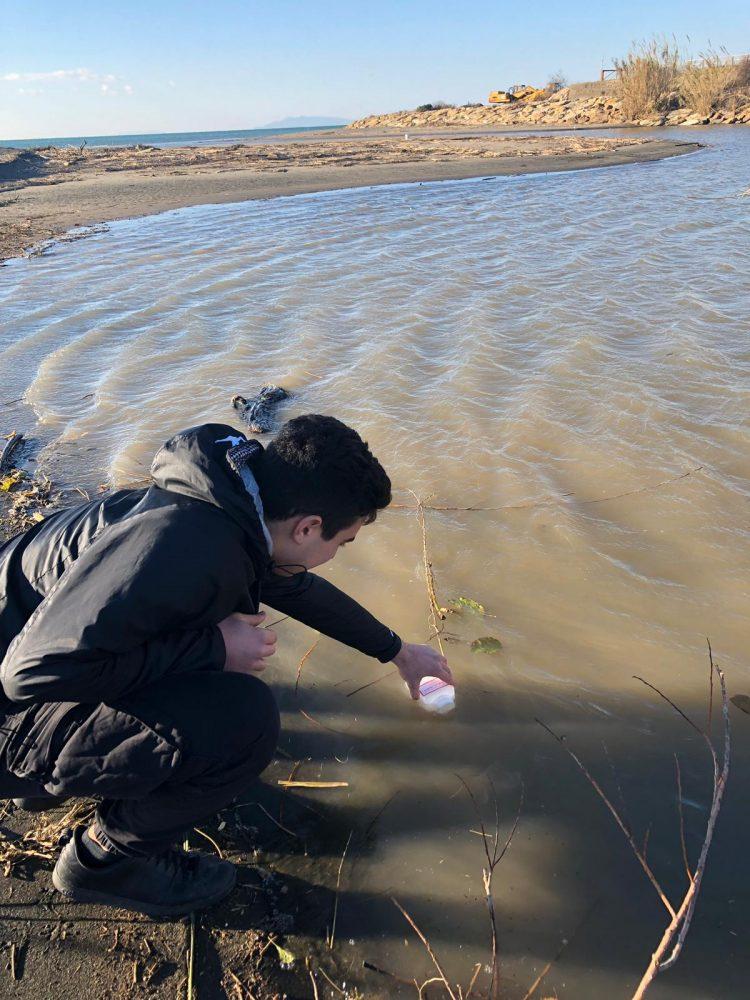 """""""Chiare, fresche, dolci acque"""", gli studenti del Cardarelli alle prese con le analisi microbiologiche"""