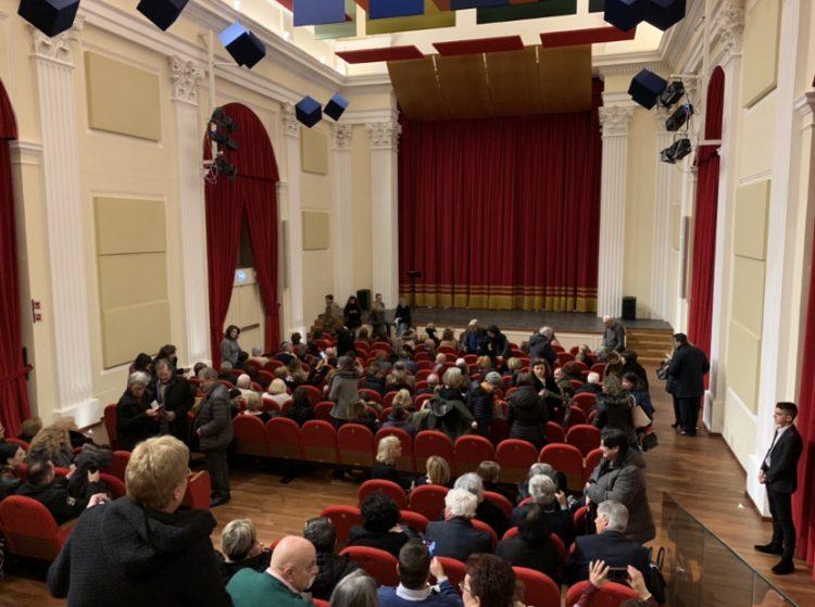 Tarquinia, piace il teatro San Marco. Applausi per la prima di Quartullo