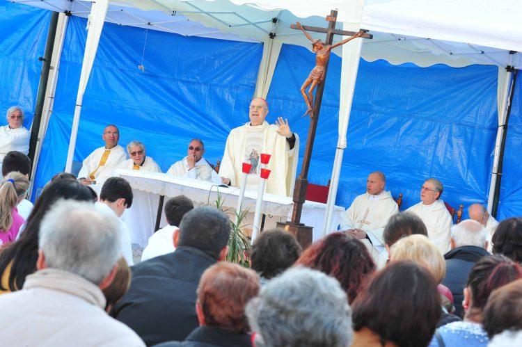 Il cardinale Bertone ai Salesiani per Maria Ausiliatrice