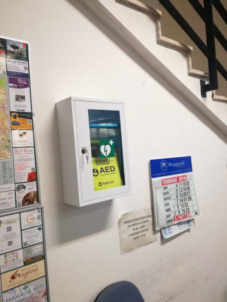 Urp e teatro Traiano: installati i defibrillatori