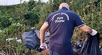Il Comitato Fare Focene pulisce le strade: recuperati 60 sacchi di rifiuti abbandonati