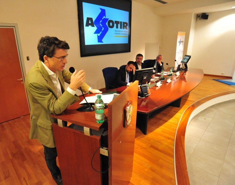 Porto, Assotir lancia la Carta dei servizi