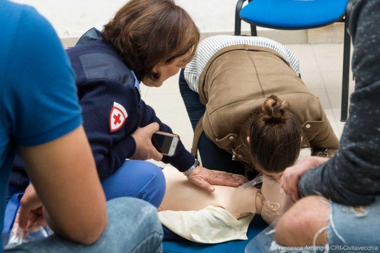 Manovre salvavita pediatriche, grande partecipazione allo Stendhal