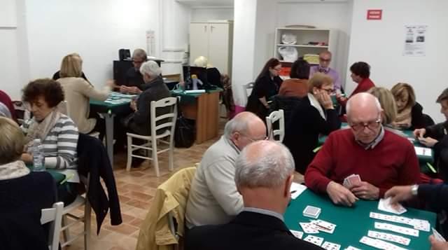 Centro anziani, grande partecipazione al torneo di burraco
