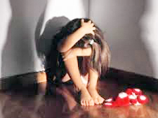Cerveteri, choc a scuola: bidello accusato di abusi sessuali