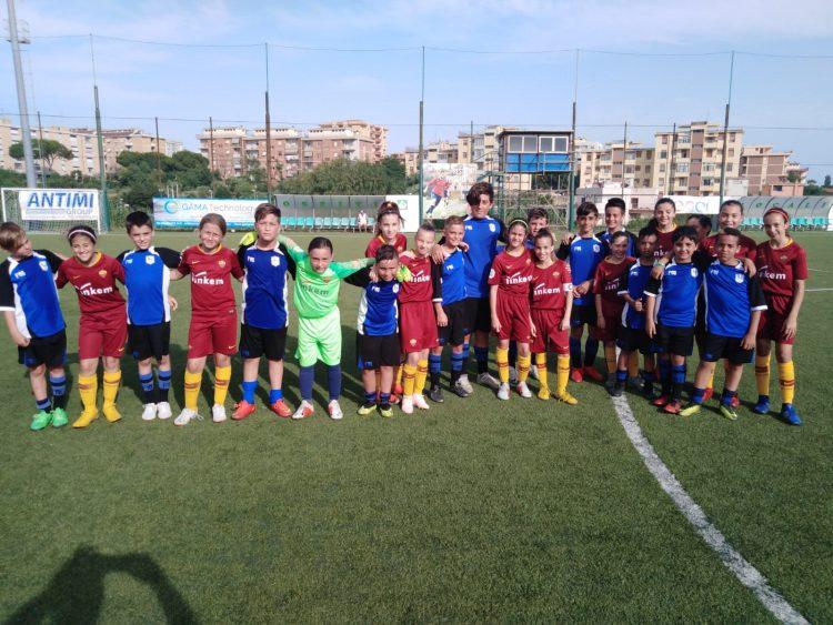 La Roma femminile insegna calcio agli atleti di Csl e Dlf