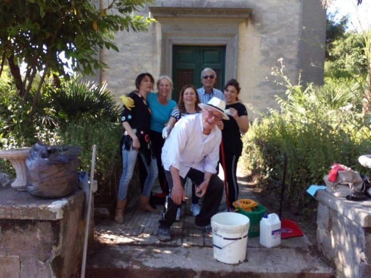 I volontari invitano Giulivi e Moscherini a Villa Falgari