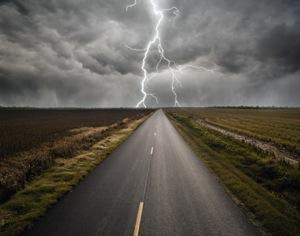 Maltempo, domani codice giallo per temporali