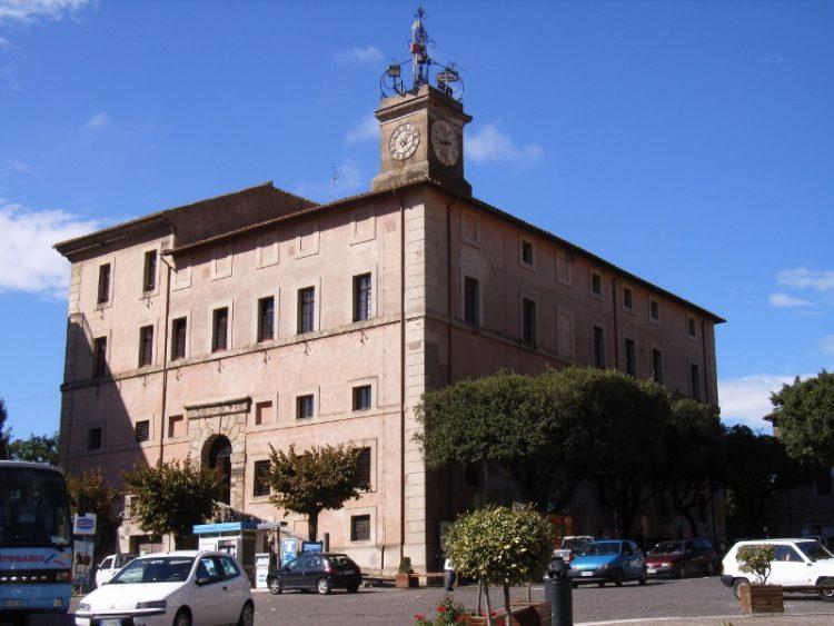 Museo di Allumiere senza una guida, Rifondazione bacchetta Pasquini