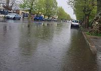 """""""Via Foce Micina come una piscinadopo ogni pioggia. Non è accettabile"""""""