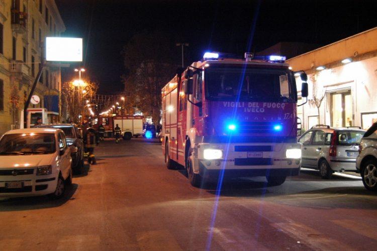 Fuga di gas a piazzale Torraca: i pompieri evitano la strage