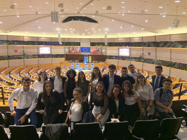 Quindici studenti del Marconi 21 giorni a Bruxelles
