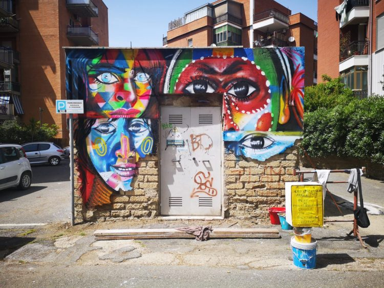 Dal degrado a opere d'arte, i cittadini abbelliscono la città
