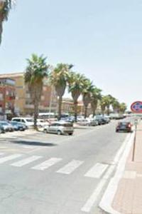 Stop ai parcheggi su viale delle Meduse