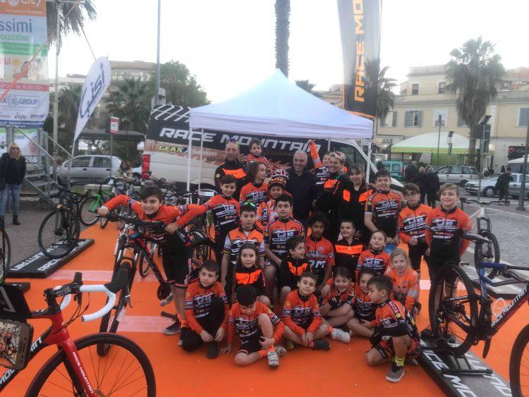 Il Team Bike Race Mountain Civitavecchia centra più di cinquanta vittorie e ottimi piazzamenti