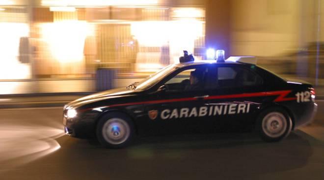 Narcotizza l'amico per gioco, denunciato dai carabinieri