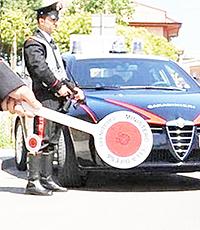 Nuovi arrivi alla caserma dei carabinieri