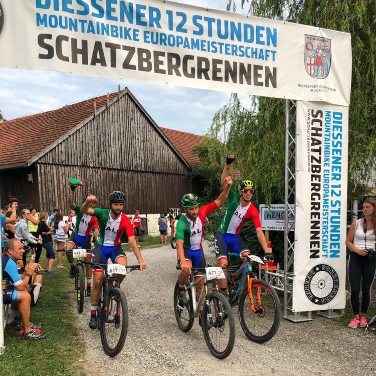 Lorenzo Bedegoni conquista la 12 Ore in Germania