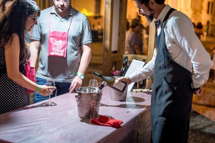 DiVino etrusco: a Tarquinia musica, spettacolo, street food e tanto vino