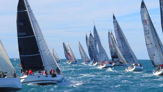 Invernale: 50 barche e un bel vento per la prima
