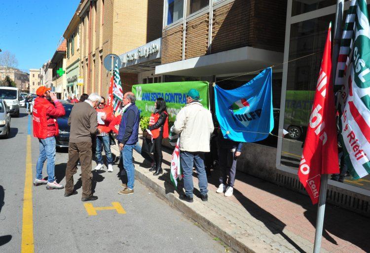 Sanità privata, sindacati e lavoratori chiedono il rinnovo dei contratti