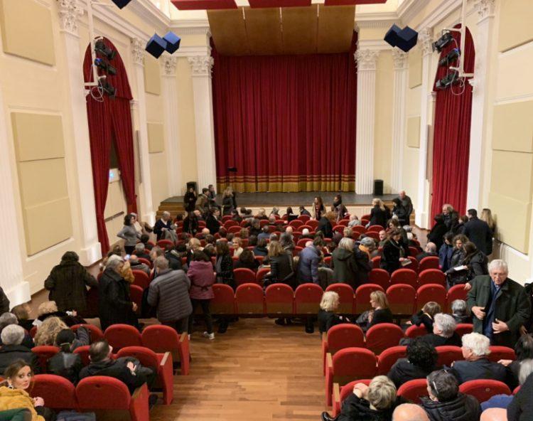 Teatro comunale: domenica a Tarquinia Iacchetti