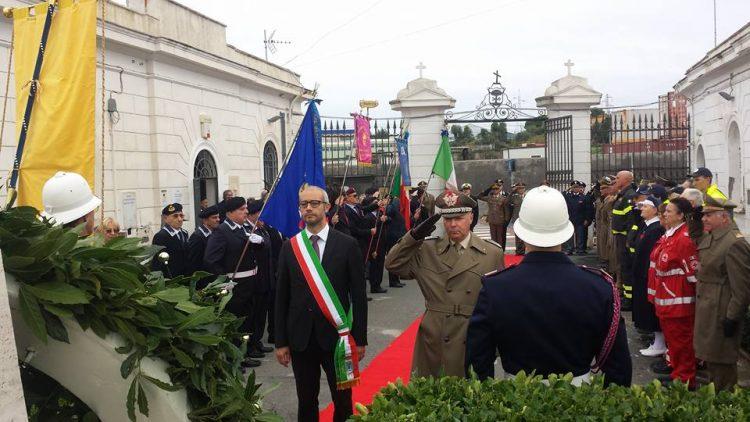 Cerimonia dei defunti: il Sindaco ricorda Genova e le vittime del maltempo