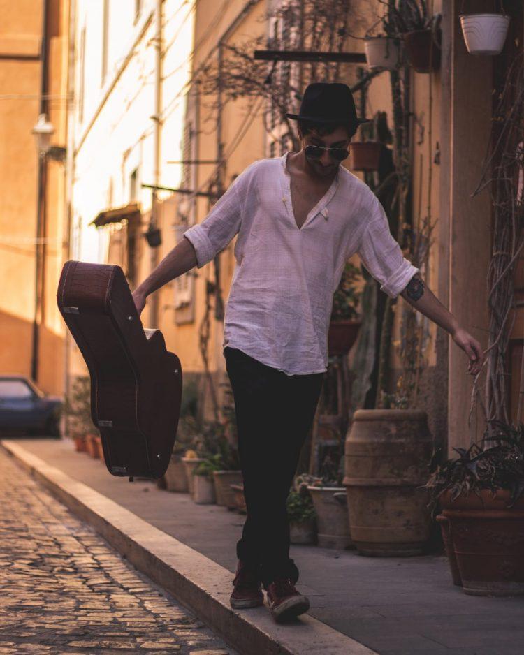 Carruba in finale al Premio nazionale cantautori emergenti