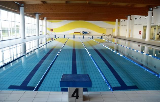 Tarquinia, piscina comunale: tutto da rifare