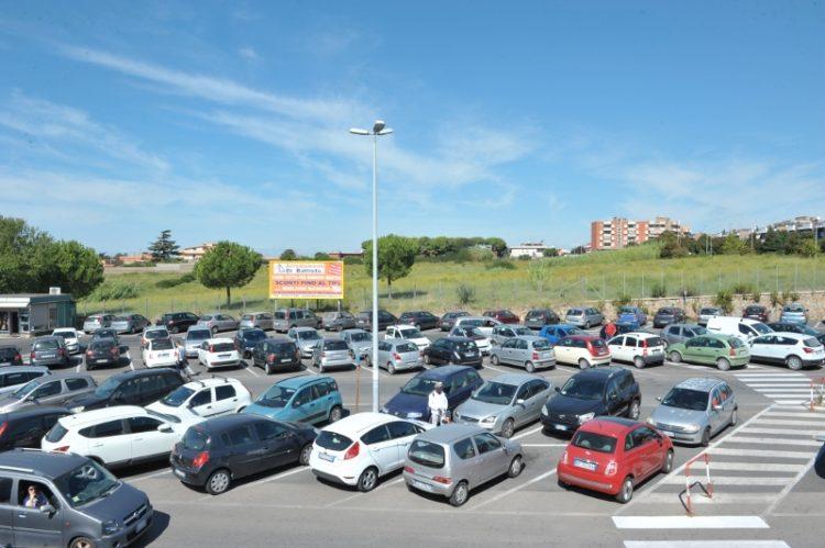 """Area verde all'ospedale, Marino: """"Si pensi anche al parcheggio"""""""