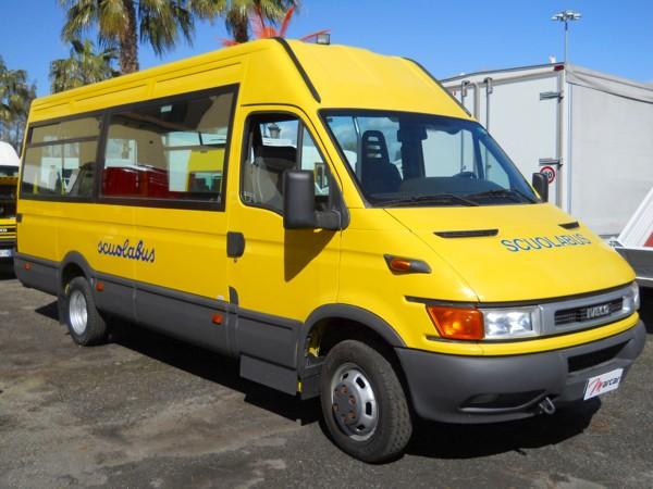 Via libera alla richiesta per servizio scuolabus e refezione scolastica