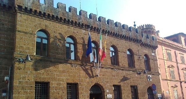"""""""Il sindaco Pascucci non la racconta tutta"""""""