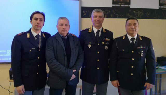 Tarquinia, settecento studenti a lezione con la Polizia