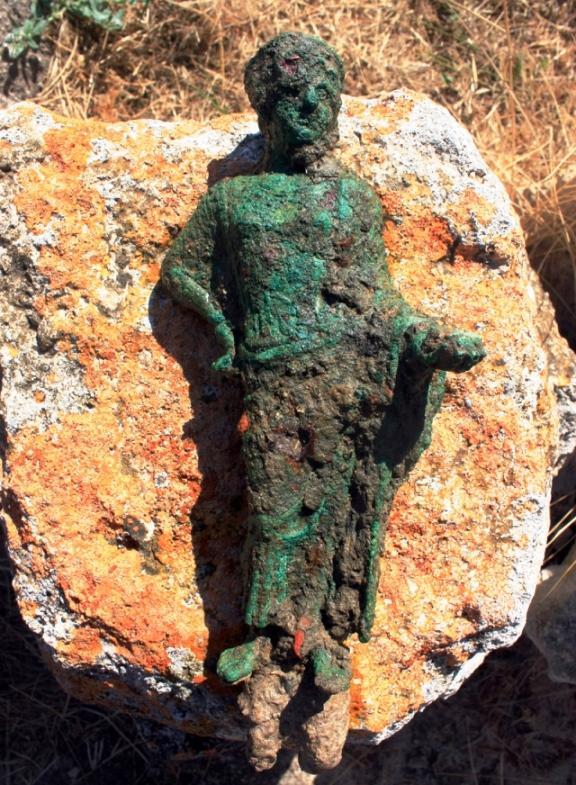 Tarquinia: confermato il ritrovamento a Gravisca delle due statue in bronzo