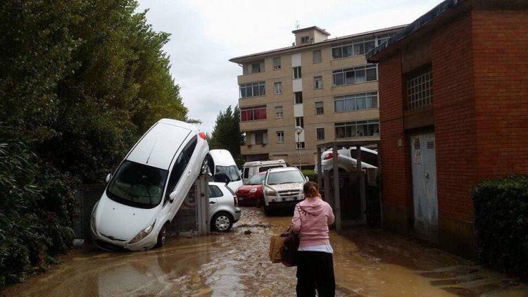 Nubifragio devasta Livorno: 6 morti e 2 dispersi