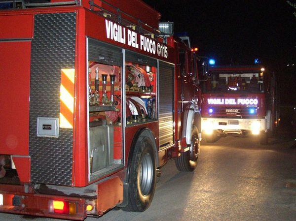 A fuoco il Comune di Ladispoli: si indaga per incendio doloso