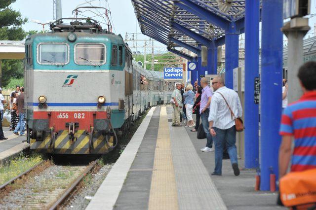 Più treni nei giorni festivi a Ladispoli: Ascani presenta una mozione
